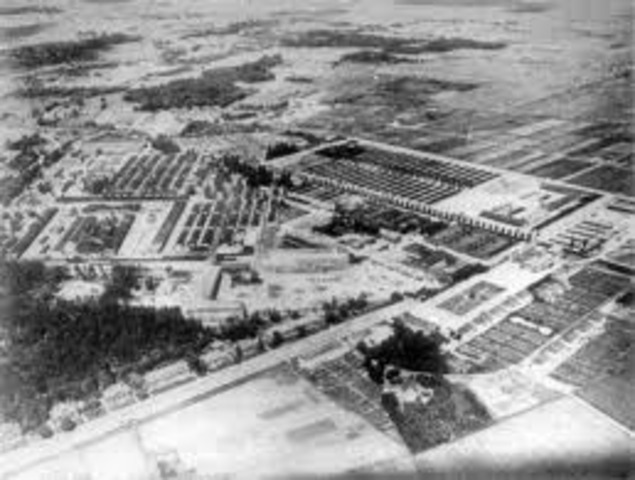 The first concentration camp is established in Nazi Germany at Dachau. The first prisoners are political opponents.