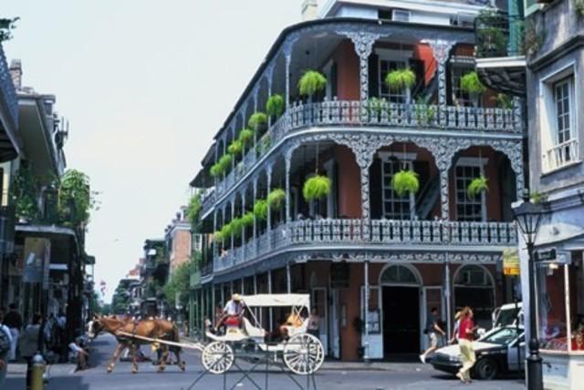 Admiral Farragut captures New Orleans for Union