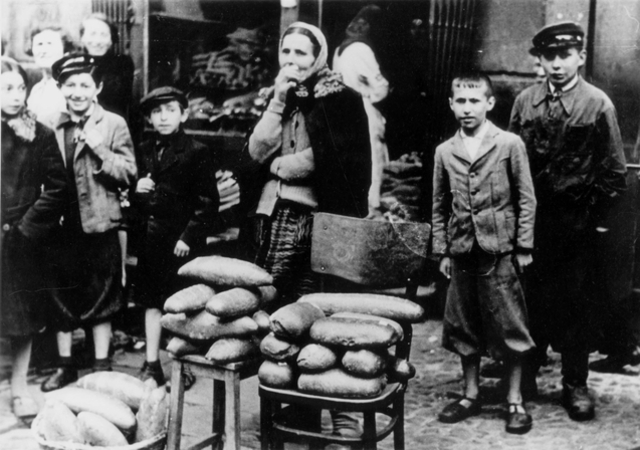 The first Polish ghetto is established.