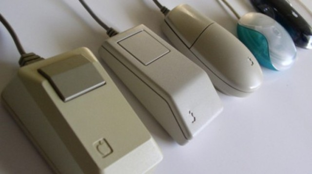 1983 – Apple Mouse.