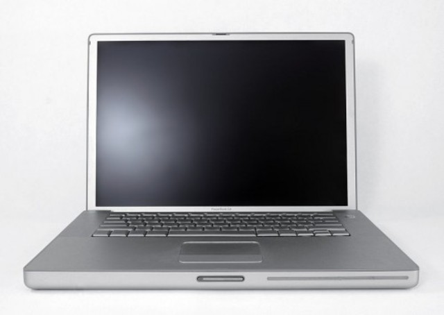 2001 – PowerBook G4.