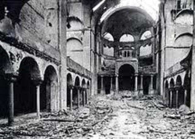 "Novemeber 9- 10 Kristallnacht (""Night of Broken Glass"")"
