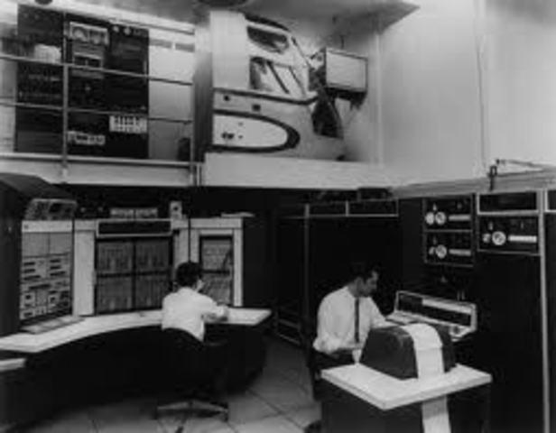 Debuta la ARPANET precursora de la Internet