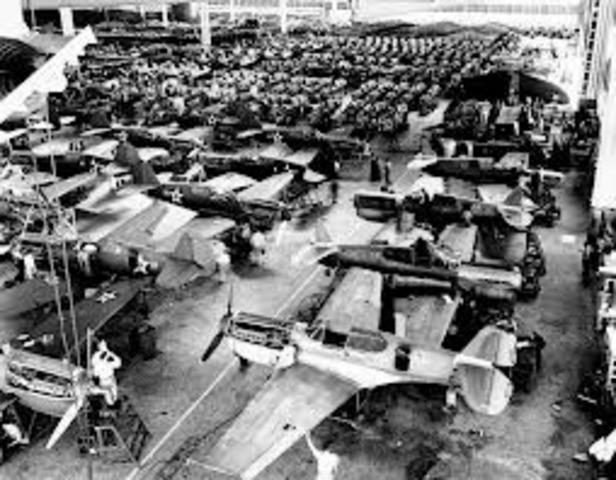 Labor department streamlines war production