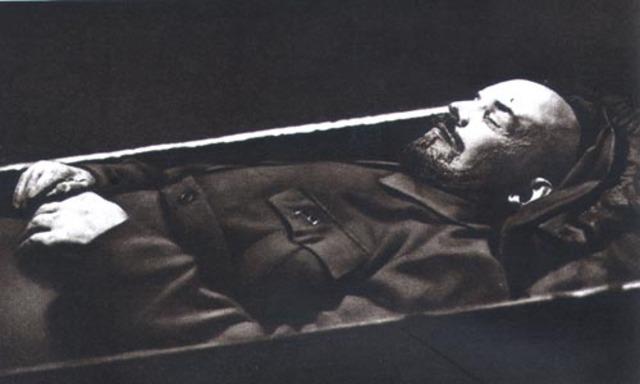 Lenin (Soviet Union) dies