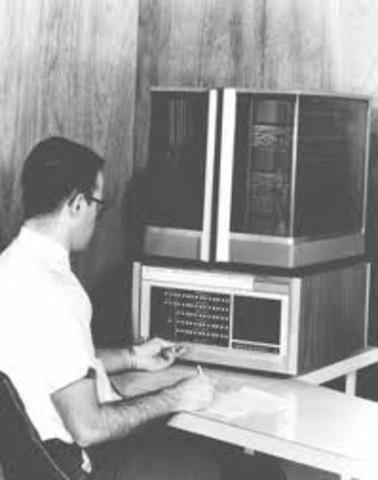 SE ESTABLECE 1ª CONEXION DE ARPANET