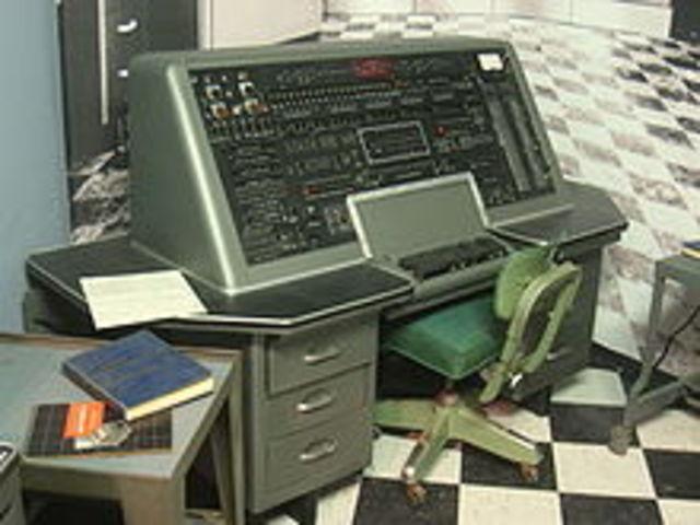 USO ESPECIAL DE LA UNIVAC 1