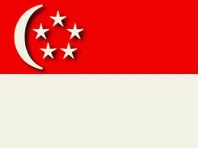 Japanese take Singapore