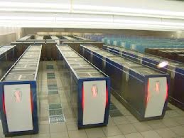 Puesta en marcha del supercomputador Earth Simulato