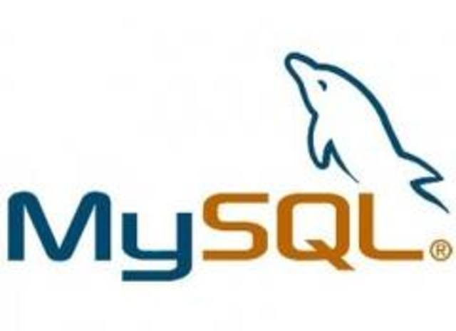 aparece la primera versión de MySQL.