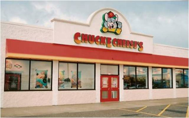 1977 Chuck E Cheese's