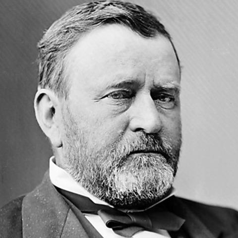 Grant starts commanding the Union