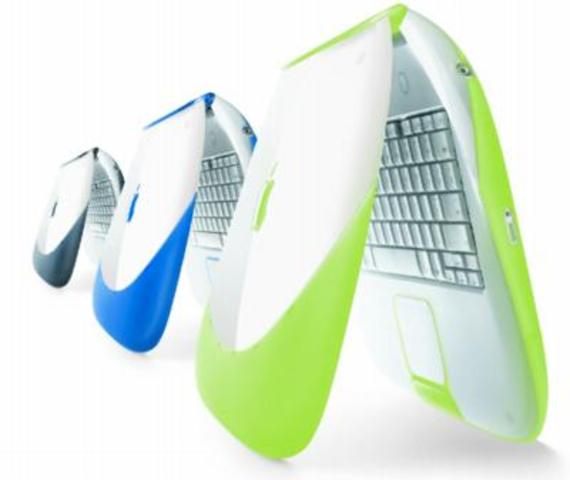 En septiembre de 2000 el anuncio de la iBook (FireWire), Apple finalmente trajo FireWire a su línea de productos. También introdujo una nueva combinación innovadora de audio vídeo / salida de puerto (un miniconector estándar), lo que permitió a los consum