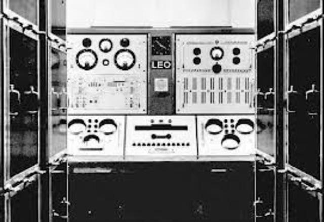 La primera computadora de inglaterra la LEO