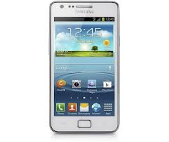 Samsung lanzó el Galaxy SII