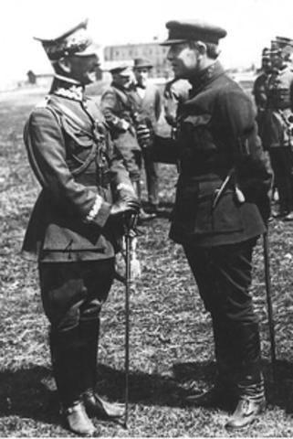 Peace treaty with Poland signed.
