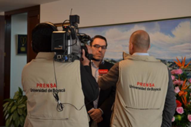 ESPECILALIZACION EN GERENCIA DE PRODUCCION DE MEDIOS D COMUNICACION