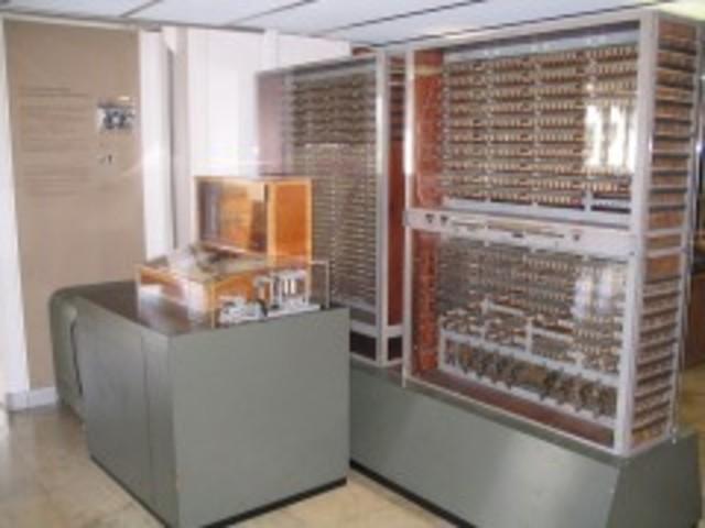 La computadora Z3 fue creada por Konrad Zuse.