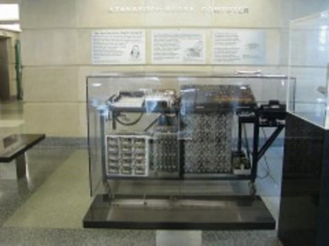 Calculadora ABC, para resolver sistemas de ecuaciones lineales simultáneas.