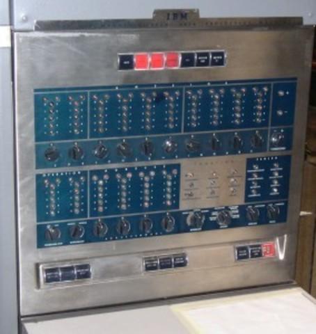 IBM fabricó la IBM 650.