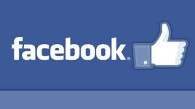 Nace Facebook