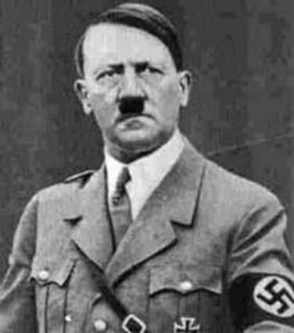 Hitler was temporarily blinded by clorine gas