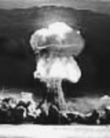 The world's first atomic detonation takes place in the 'Trinity Test' at Alamogordo, New Mexico