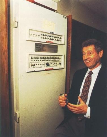 Primera red de ordenadores de área amplia