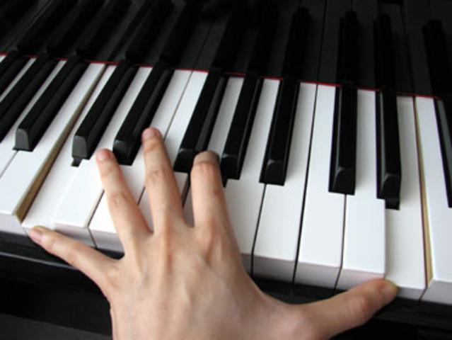 My experience--accompany my friend on piano
