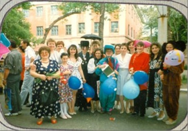 Участие коллектива детского сада в городском карнавальном шествии