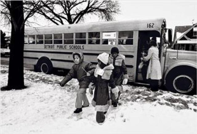 Keyes v. School District No. 1, Denver 9 De Facto Segregation / Bussing