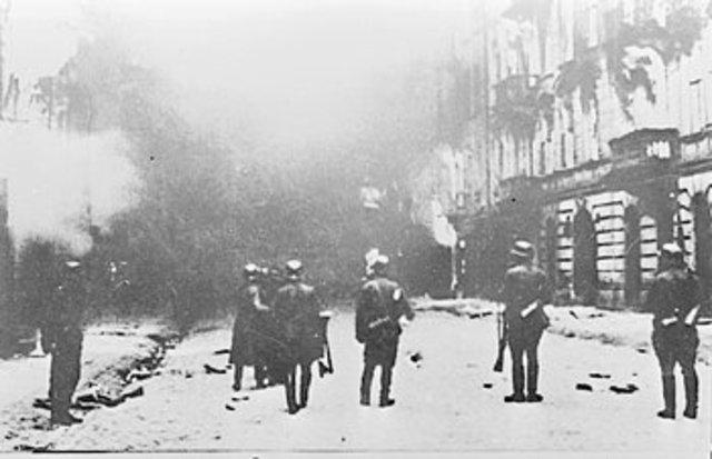 Jewish fighting organizations established in the Warsaw ghetto