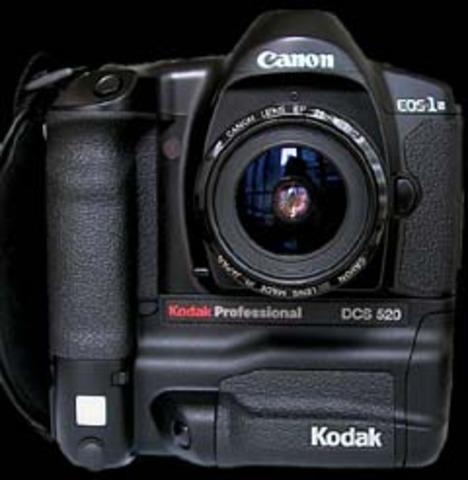 Kodak DCS 520 professional digital SLR.