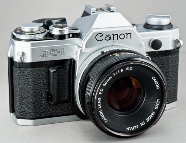 Cannon AE-1,