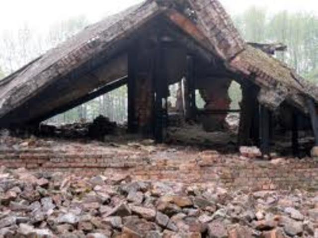 Prisonners blow up crematorium