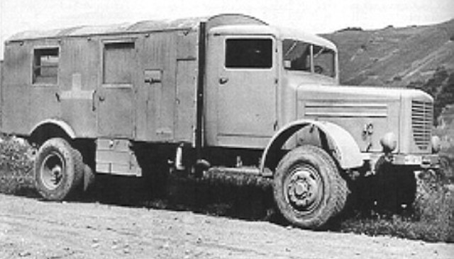 Five thousand Austrian Gypsies from the Lódz ghetto are deported to the killing center at Chelmno where they are all killed in mobile gas vans.
