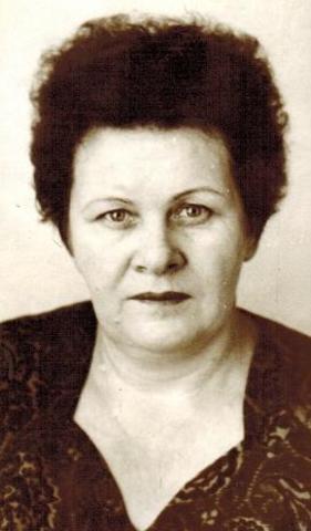 Заведующий хозяйством Цеплакова Любовь Васильевна