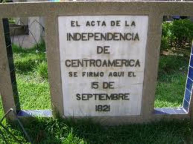 Se firma el acta de la Independencia