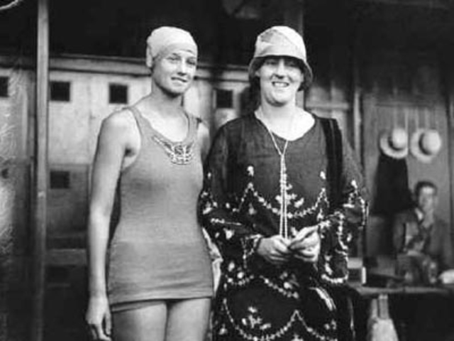 First Time Women Competed in Swimmng at the Olympics