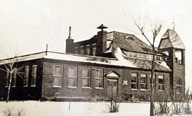 Aurora Central Grade School