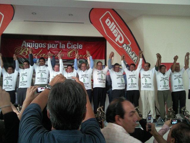 Vivan los Idolos del ciclismo!