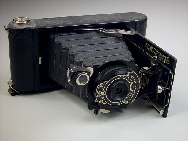 The Folding Pocket Camera