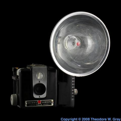 Invention of the flash-bulb