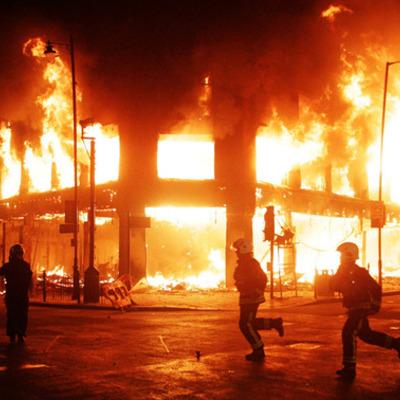 Riots 2011 timeline