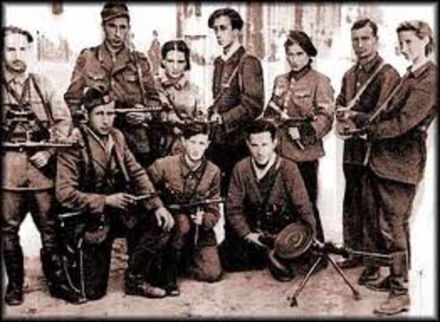 Jewish resistance begins in Warsaw ghetto