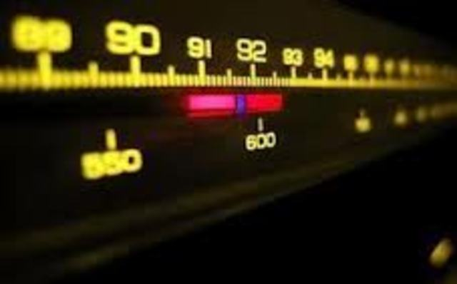 EDWIN ARMSTRONG DE MUESTRA LA TRANSMISION RADIAL F.M