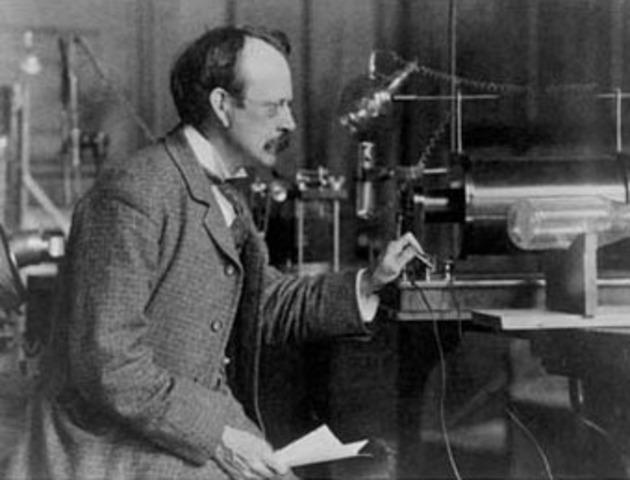 Thomson se convirtió en profesor de Física en Cavendish