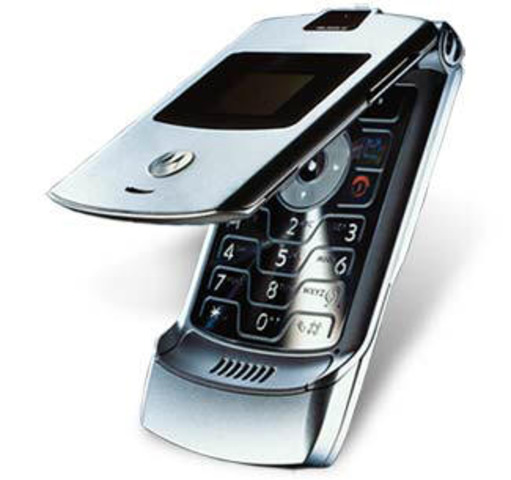 Mi primer teléfono celular en dos mil ocho .