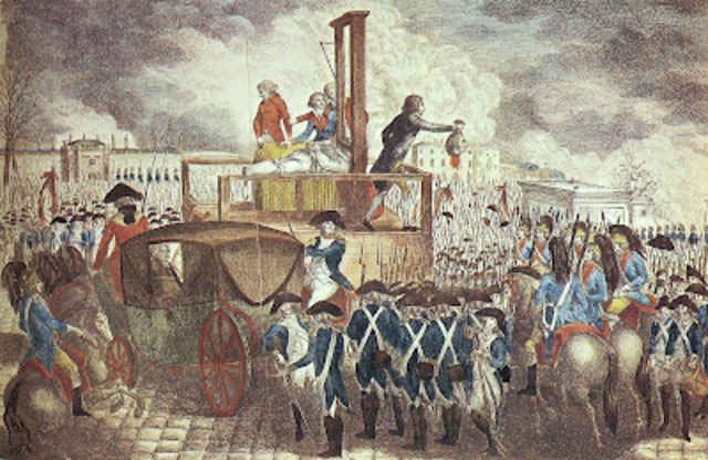 Louis XVI was executed with the guillotine