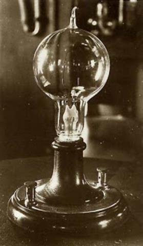 invencion de la bombilla incandescente